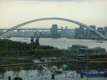 Sogar über die Lupu-Brücke hinaus geht das Expo-Gelände. Dort befinden sich die Pavillions aus Europa, Amerika und Afrika.